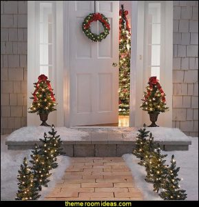christmas-decorating-Holiday-Entry-christmas-decorations.jpg